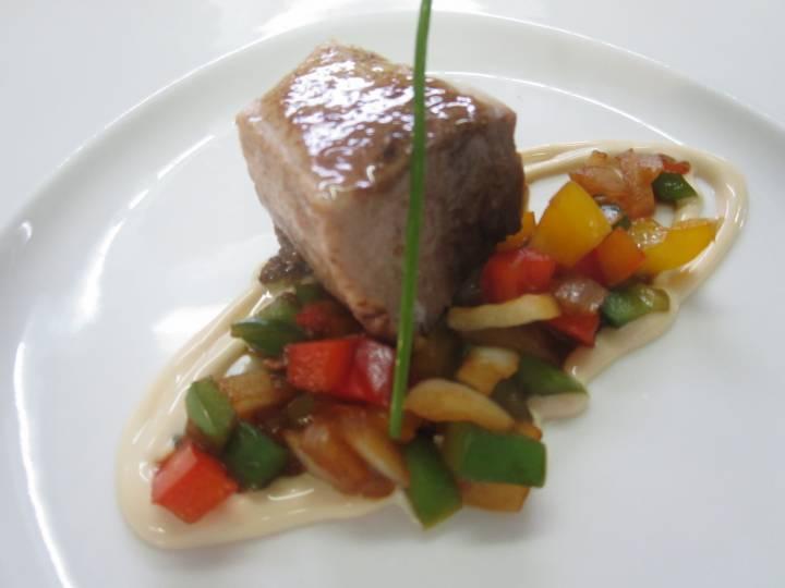 Bonito marinado con verduras en Restaurante El Chalet